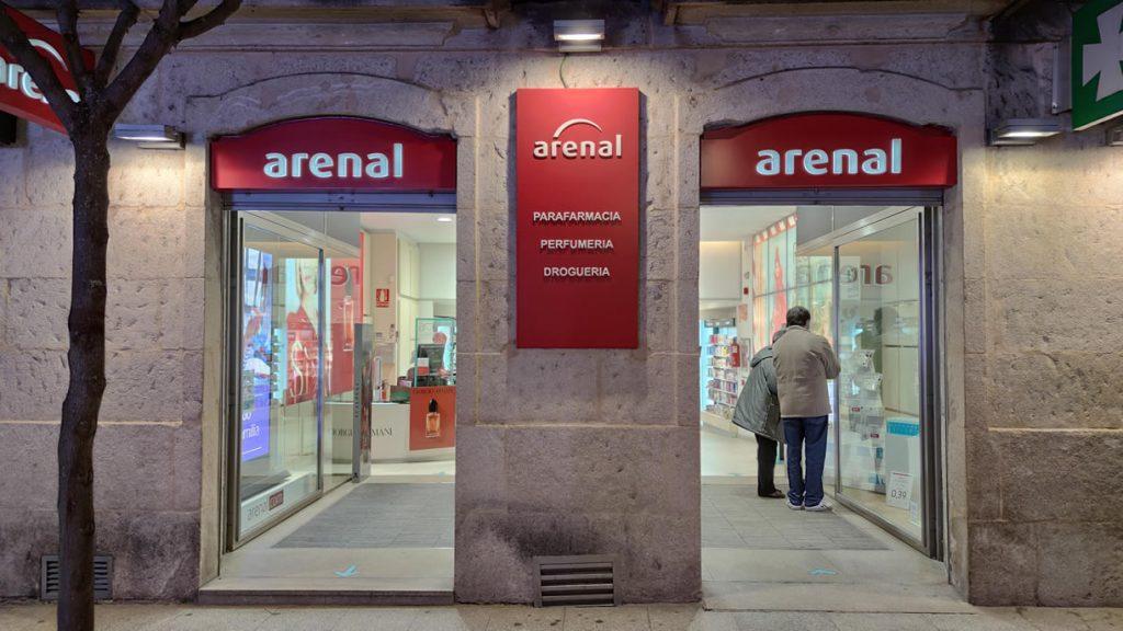 Perfumería droguería Arenal de Ourense en Paseo